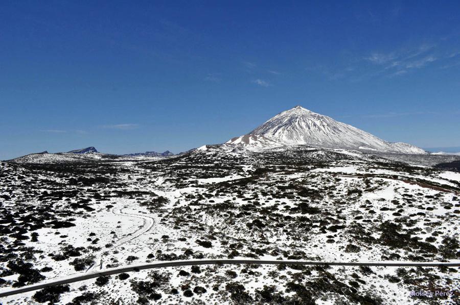 """Empresarios y administraciones locales en apoyo al proyecto """"Volcanes de vida"""""""