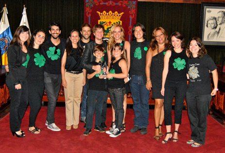 TIMAGINAS Recoge_el_Premio_del_Publico_de_Mueca_2012_1-6-2012