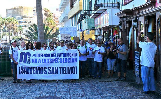 Manifestacion en oposicion al proyecto de San Telmo