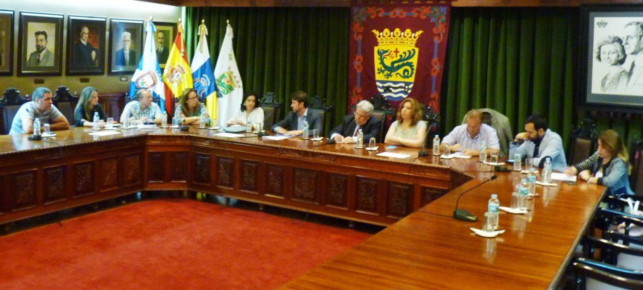 El Alcalde se congratula del acuerdo entre partidos sobre el proyecto del muelle