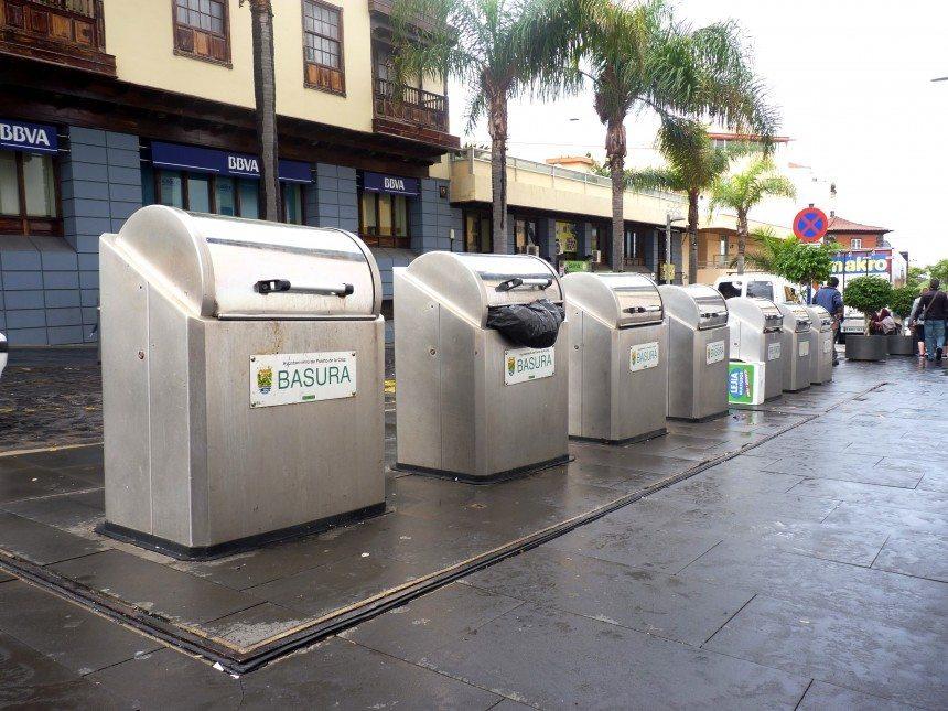 Contenedores calle Santo Domingo - Puerto de la Cruz - Basuras - Sufi Tarajal - Diciembre 2014