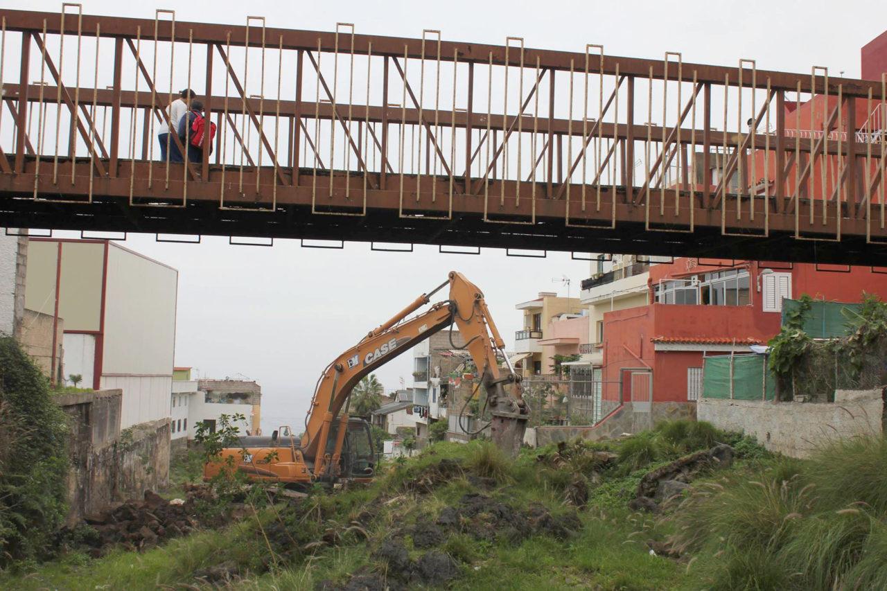 Obras en el puente de La Vera - José Peraza - Puerto de la Cruz 2014
