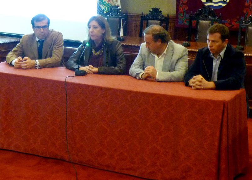 Rueda de Prensa Ayuntamiento Aqualia diciembre 2014