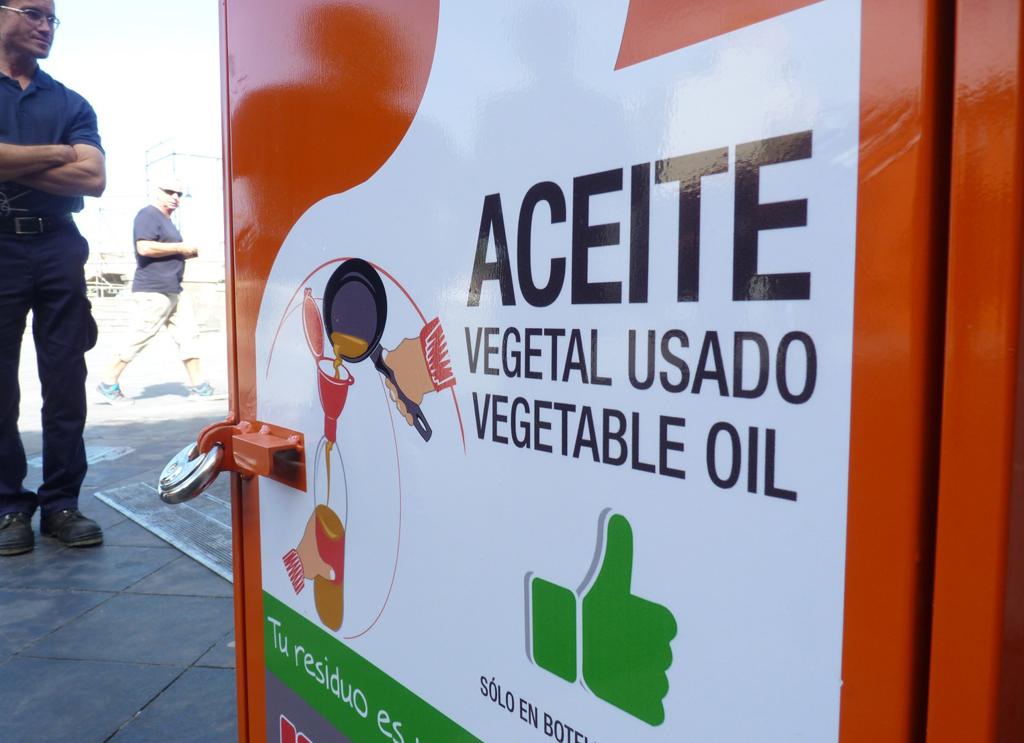 Recogida de aceite en Puerto de la Cruz - Febrero 2015