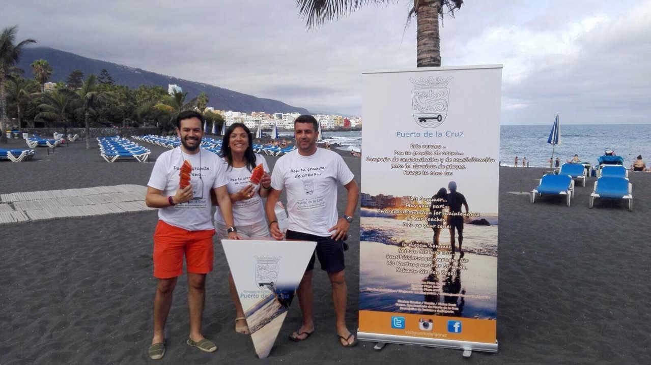 Campaña pon tu granito de arena en Puerto de la Cruz