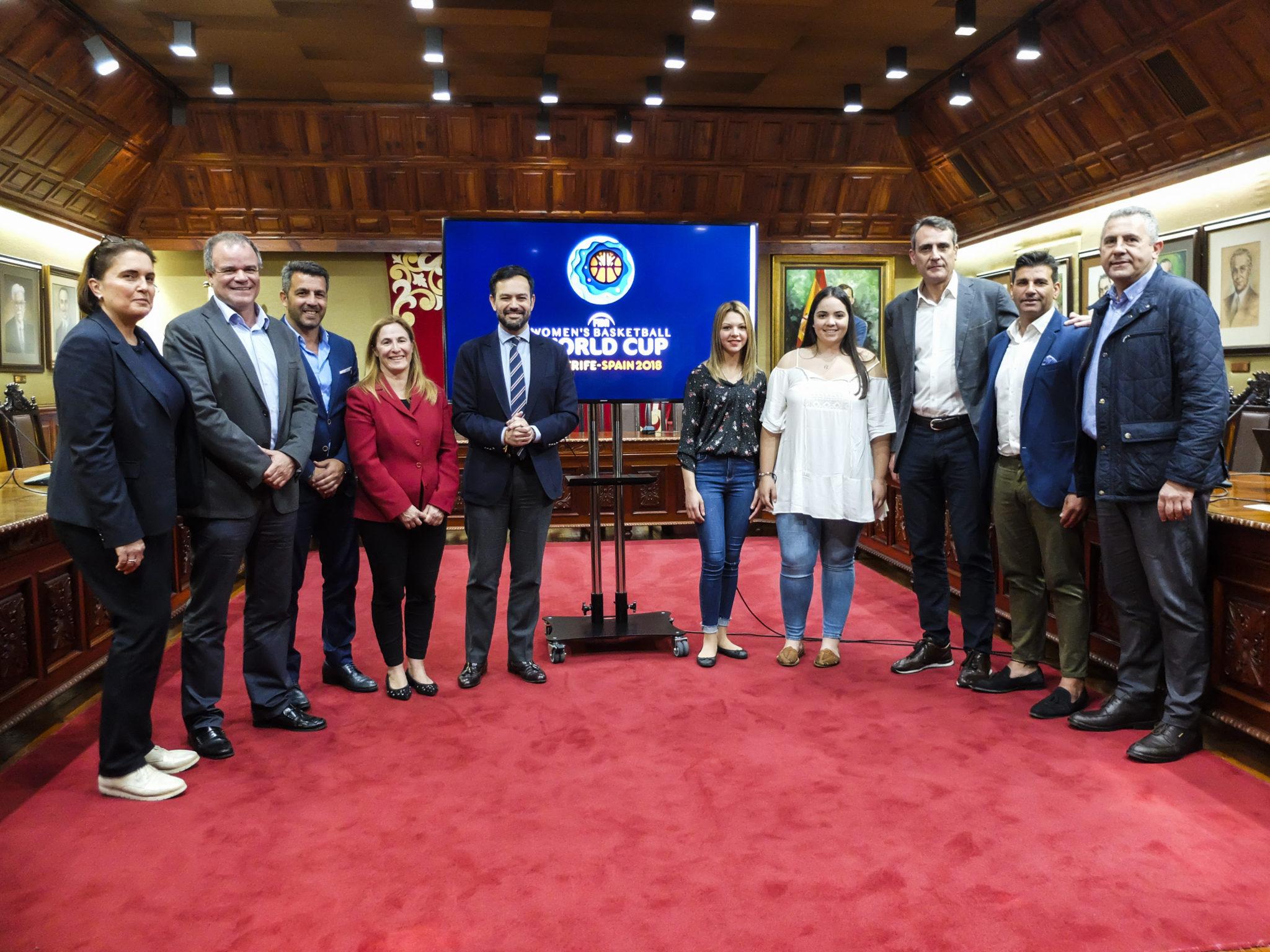 Recepcion representantes mundial de baloncesto femenino