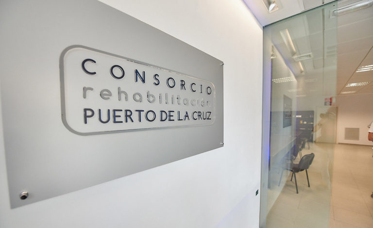 Para avanzar en el Plan de Modernización y Mejora del Puerto de la Cruz el Cabildo aprueba el convenio con el Gobierno de Canarias