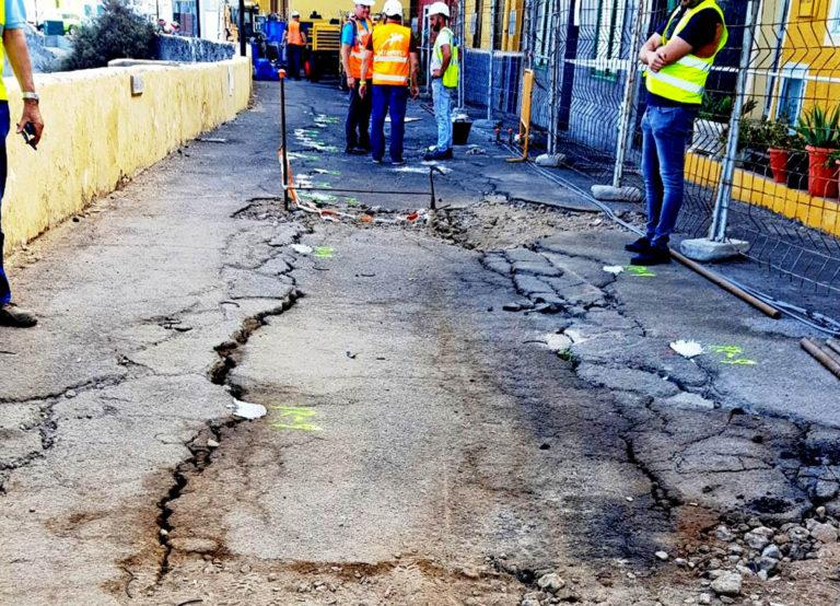 Desalojados 21 vecinos de 11 viviendas de la calle Tegueste al surgir nuevas grietas