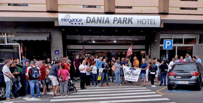 El Dania Park cerró este martes sus puertas dejando a sus 54 trabajadores sin poder acceder a su puesto de trabajo