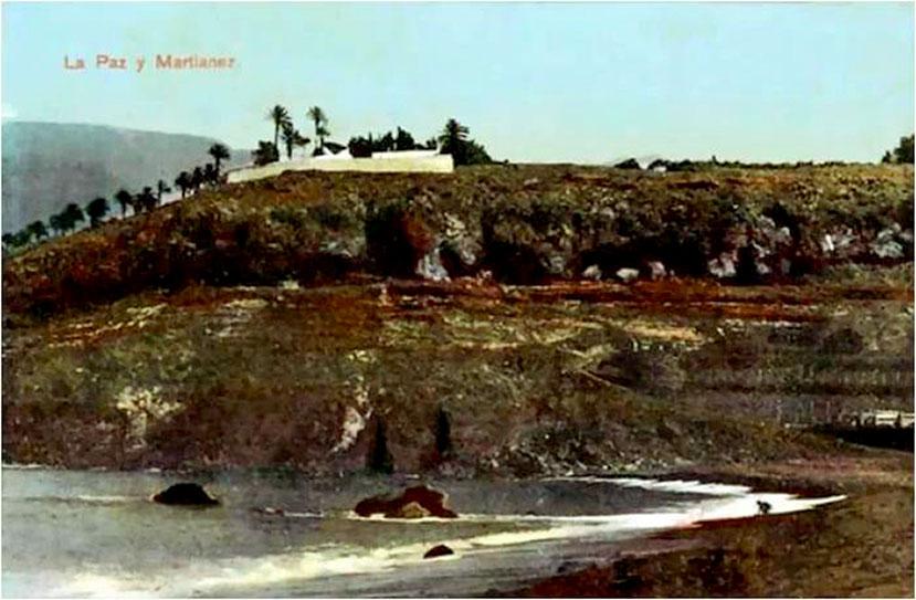 Acantilado de Martiánez visto desde la Playa del mismo nombre - Foto Marcos Baeza Carrillo