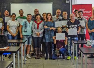 Entrega diplomas alumnos del CIE curso TPC