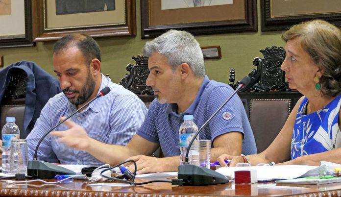 Grupo de Asamblea Ciudadana Portuense durante el pasado pleno del 1 de octubre