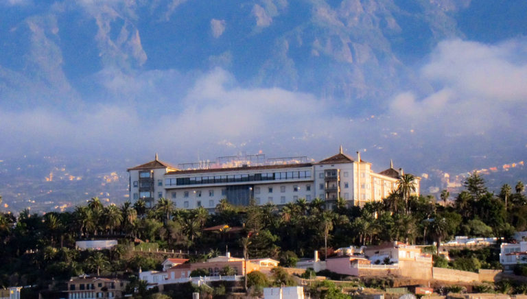 La empresa Tropical Turística Canaria resulta adjudicataria del Hotel Taoro
