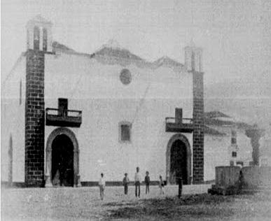 Fachada de la Iglesia Parroquial - Fotografía A de Monthoret de finales del siglo XIX