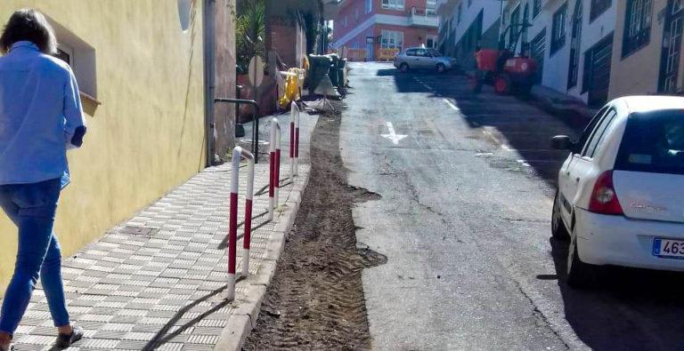 Se asfalta la calle Los Beltranes de Toscal Longuera