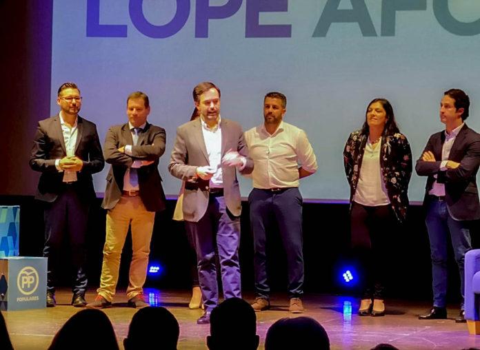 Un momento del acto de presentacion de la candidatura de Lope Afonso