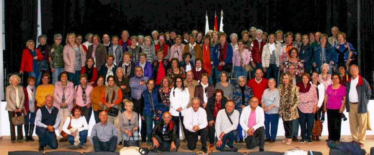 Un centenar de profesores jubilados visita San Juan de La Rambla