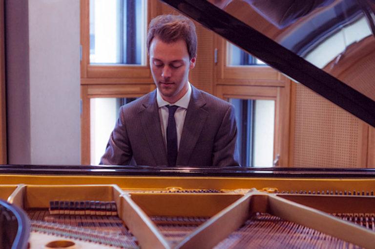 El pianista Jules Luisman en los Matinee Concerts de este domingo