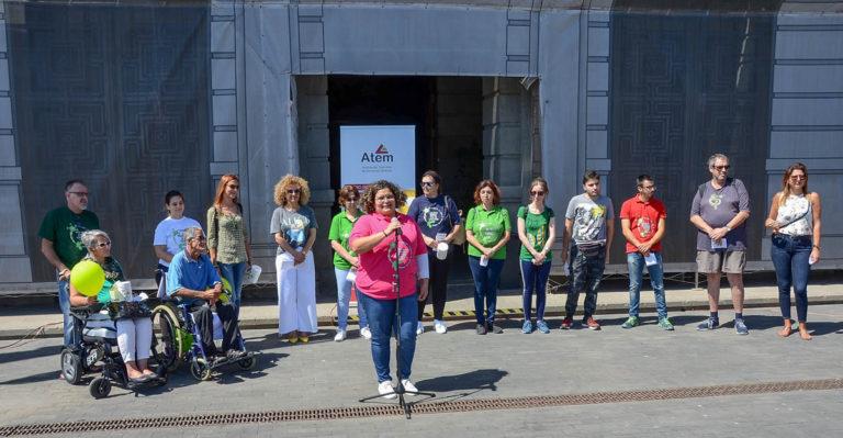 El Cabildo de Tenerife conmemora el Día mundial de la esclerosis múltiple