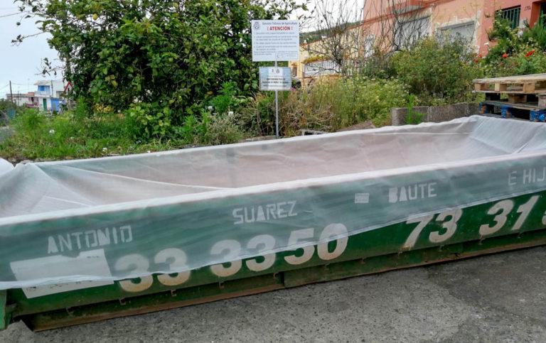 Se vuelven a habilitar en Los Realejos dos contenedores para el desecho controlado de papas afectadas por la polilla