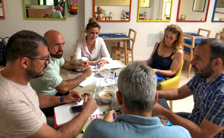 PSOE y ACP inician conversaciones para alcanzar un acuerdo de gobierno