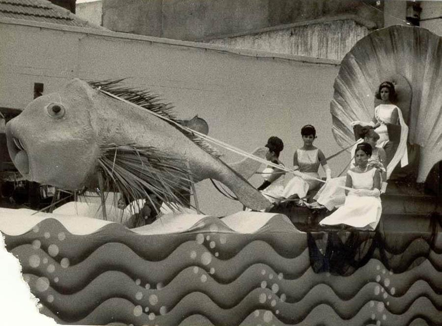 Fiestas de Julio 13-7-1964 - Reina Bárbara Padrón