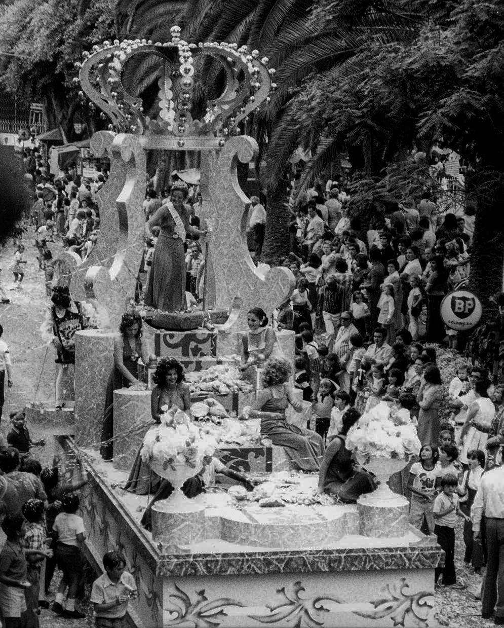 Fiestas de Julio 1974 - Reina Carmen León Devora