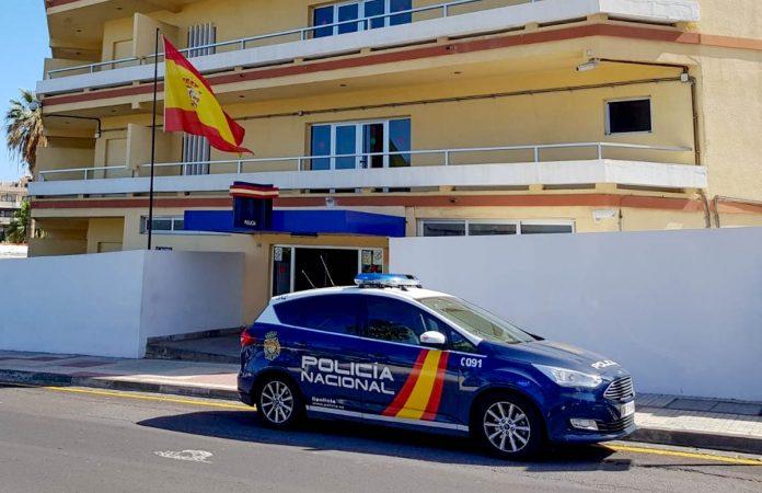 Policía Nacional en el Puerto de la Cruz