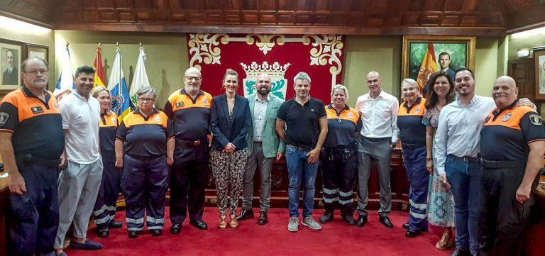 Representantes de Protección Civil recibidos en el Ayuntamiento