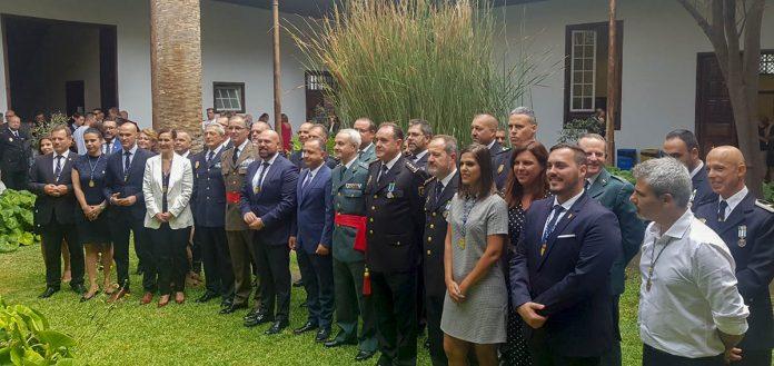 Asistentes y galardonados con las distinciones de la Policía Local