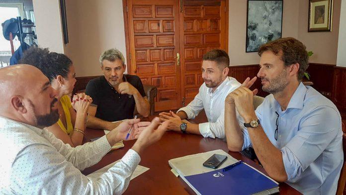 Reunión para tratar sobre el proyecto de mejora de la depuradora
