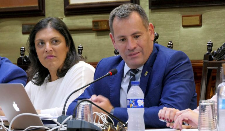 El PP pide que dimita la concejala del área económica