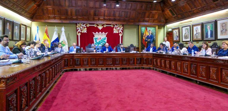 La futura gestión del Lago Martiánez enfrentó a gobierno y oposición