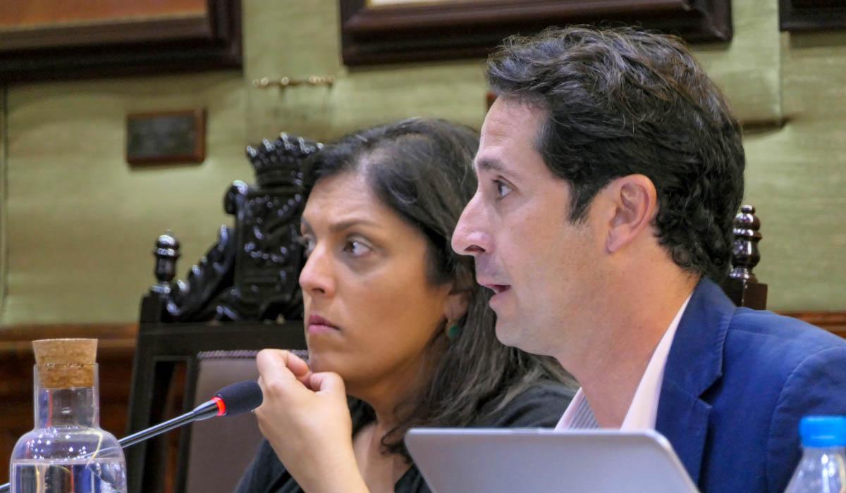 Angel Montañés durante su intervención en el Pleno del 8 de noviembre