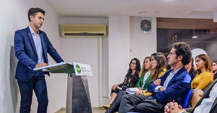 Pedro Antonio Campos interviene en una reunión del Partido Popular