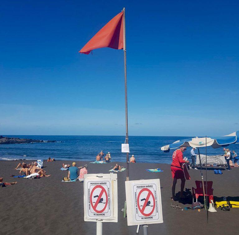 Cerrada para el baño la zona de Playa Grande en Playa Jardín