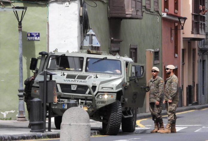 Efectivos del Ejército en la interseccion de Pérez Zamora y Puerto Viejo