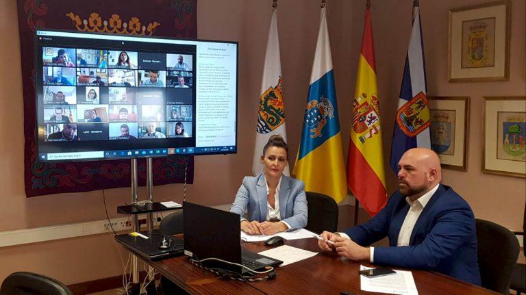 Puerto de la Cruz se reúne telemáticamente con la 'Red de Destinos Turísticos Inteligentes' para elaborar una estrategia común ante las consecuencias de la crisis sanitaria