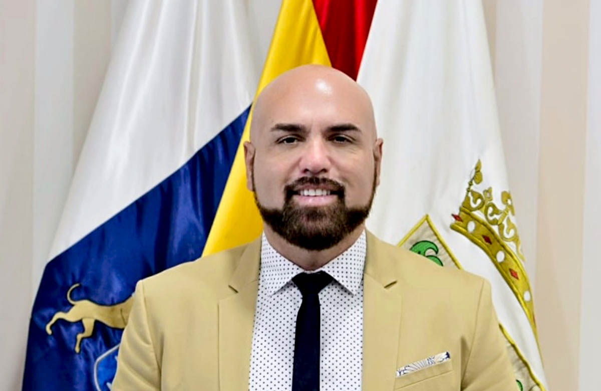 Marco González Alcalde del Puerto de la Cruz