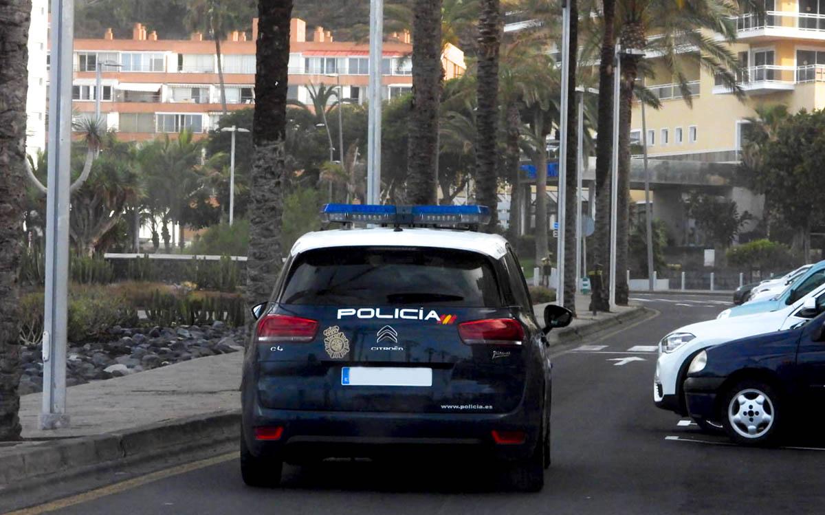Unidad policial en las calles del Puerto de la Cruz (archivo)