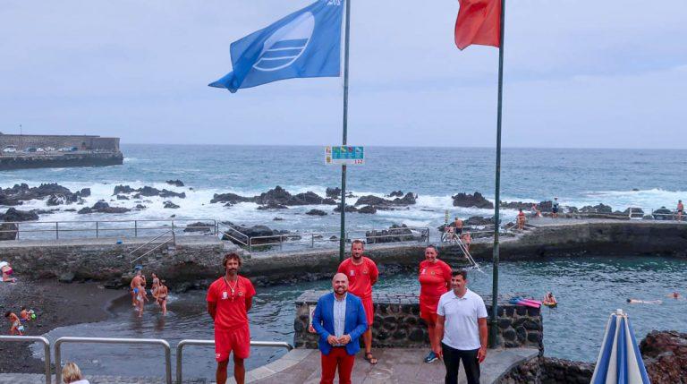 Se izaron las banderas azules en San Telmo y Playa Jardín